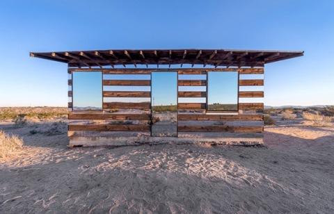transparent-cabin-1